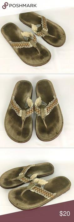 Men's UGG Australia Flip Flops Nice flip flops.  Staining in the foot beds.  Light wear to the soles. UGG Shoes Sandals & Flip-Flops