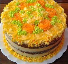 Semi Naked Cake  Em cores Solares  Por: Bolo de Colher Confeitaria Artesanal