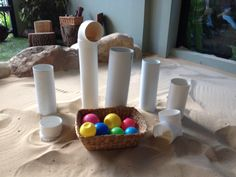 Ball and pipes Science Activities For Toddlers, Motor Skills Activities, Infant Activities, Reggio Emilia, Childcare Rooms, Baby Sensory Play, Infant Classroom, Sand Play, Imaginative Play