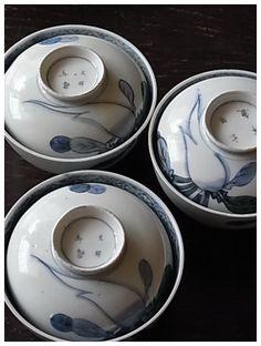imari ware / ca.1800 hand-painted white radish design