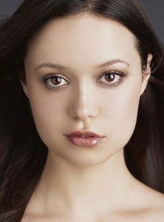 Summer Glau celebrity actress asymmetrical female face portrait #headshot #famous_people