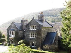 The Victorian Manor House of Farchynys Hall, where you can stay on your visit to Snowdonia National Park, North Wales. Victorian Manor, Snowdonia National Park, Dreams Do Come True, Cymru, I Want To Travel, North Wales, British Isles, Welsh, Cottages