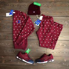 "Shoelosophy Sneakers su Instagram: ""Have a #bordeaux day In store la nuova collezione #championreverseweave #wearechpion #alloverprint #burgundy #toddsnyder #championalloverprint #reverseweave #diadoran9000 #double #poseidon #outfit #unisex #menstyle #menswear #mensfashion #womenstyle #Womenswear #beanie #merinos #100x100wool #casual @championeu_ @diadoraofficial @diadora_japan @toddsnyderny @studiocanvas @shoelosophysneakers"""