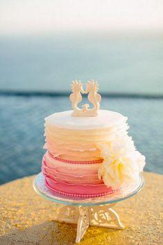 gorgeous coral beach wedding cakes