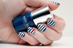 Bretron Stipe Nails by Lipglossiping