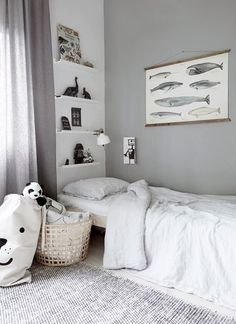 Clean, simple and beautiful kids room with gorgeous textures and linen bedcovers, Kids Room Design, Kid Spaces, Kids Decor, Interiores Design, Kids Bedroom, Room Inspiration, Room Decor, Home, Beautiful Kids