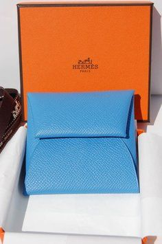 Hermes Bastia  change purse in Blue Paradise Epsom calfskin. Get the lowest price on Hermes Bastia  change purse in Blue Paradise Epsom calfskin and other fabulous designer clothing and accessories! Shop Tradesy now