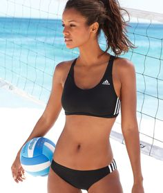 #NationalBikiniDay #Volleyball & #Bikinis -The perfect #Sports match at WEDGIES SPORTS BAR @wedgiesbar  in #Mesquite