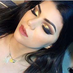 Luv it!  @sylviatambeiromakeup | #makeup