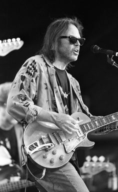 Neil Young Richie Furay, Stephen Stills, Moving To Los Angeles, Music Pics, Neil Young, Forever Young, Playing Guitar, Music Is Life, Good Music