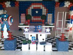 Decoraçao com baloes tema capitao america Festa infantil capitao america