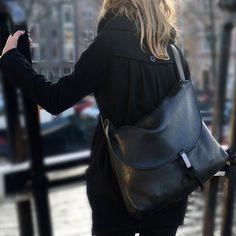 Messenger bag by Nynqué