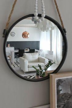 Valoisaa vaaleaa Living Room, Furniture, Home Decor, Decoration Home, Room Decor, Sitting Rooms, Living Rooms, Home Furnishings, Family Room