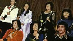 History Of Hong Kong, Bruce Lee Martial Arts, Bruce Lee Photos, Mix Photo, Little Dragon, Martial Artist, Rare Photos, Celebrity News, Actors