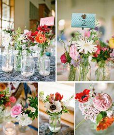 """Ein weiteres Beispiel fuer ein """"zufaelliges"""" Arrangement unterschiedlicher Vasen."""