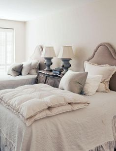 Cottage Chic Bedroom - perfect for a guest bedroom by Barbara Carlton - Photography Jack Thompson