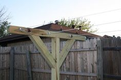 DIY clothesline - looks so much better than ugly metal poles! Spring Projects, Home Projects, Outdoor Laundry Lines, Pine Island, Craft Corner, Clothes Line, Country Living, New Homes, Backyard