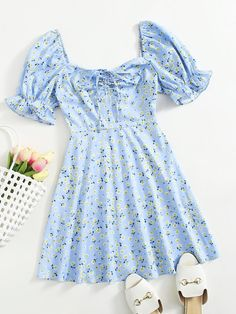 Girls Fashion Clothes, Teen Fashion Outfits, Girl Fashion, Cute Dresses, Casual Dresses, Types Of Sleeves, Dresses With Sleeves, Ruched Dress, Ditsy Floral