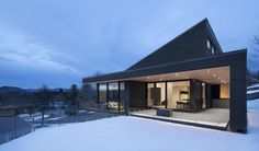 Take a Tour Of This Perfectly Minimal Canadian Villa