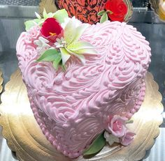 11 cake decorators who should probably be fired and 11 who deserve a promotion halloween motivtorte rezept torte topsy turvy cake Beautiful Cakes, Amazing Cakes, Red Wine Gravy, Heart Cakes, Valentines Day Cakes, Donut Party, Mince Pies, Bakery Cafe, Cake Bakery