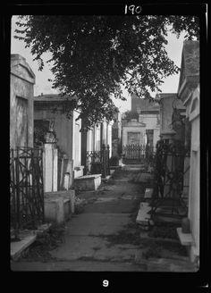St Louis Cemetery 1920