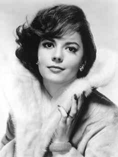 Old Hollywood Movie Stars - Bing Images Natalie Wood Hollywood Icons, Vintage Hollywood, Hollywood Glamour, Hollywood Actresses, Classic Hollywood, Glamour Movie, Hollywood Photo, Old Hollywood Stars, Hollywood Celebrities