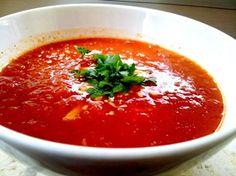 מתכון למרק עגבניות פשוט, מהיר וטעים   *הערה: במתכון הזה חשוב להשתמש במיקסר ידני. השימ