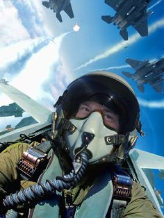 Turkish Air Force since 1911 - Atpl Theorie - Air Force Turkish Military, Turkish Army, Fighter Pilot, Fighter Jets, Air Force Pictures, Airplane Fighter, Future Soldier, Military Jets, Modern Warfare
