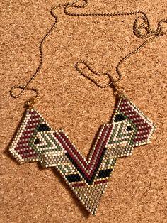 Le chouchou de ma boutique https://www.etsy.com/fr/listing/503304629/collier-plastron-miyuki-tisse-main