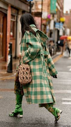 Street Style Trends, Street Style Looks, Street Style Women, Cool Street Fashion, Milan Fashion Week Street Style, Street Style London, Star Fashion, Fashion Outfits, Fashion Trends
