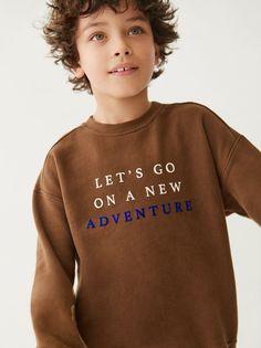 Zara Kids, Boys Sweaters, Boys T Shirts, Fashion Kids, Baby Boy Outfits, Kids Outfits, Kids Photography Boys, New T Shirt Design, Young Cute Boys