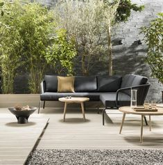 Garden trend: Hotel Chique - Hotel Chic garden with luxurious lounge corner luxurious lounge corner Outdoor Gazebos, Outdoor Seating, Outdoor Sofa, Outdoor Furniture Sets, Outdoor Decor, Outdoor Living Rooms, Outside Living, Outdoor Spaces, Interior Design Exhibition