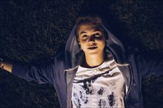 Imagine watching the stars with matt, omg THE FAULT IN OUR ESPINOSA, Im crYiNg