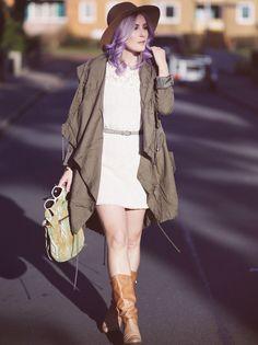 Fall Style, Fall Fashion, Autumn Outfit, Herbstlook, pastel hair, Fashion Blog, Parka, crochet dress