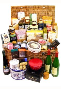 Our Twelfth Night Christmas Hamper makes a fantastic Christmas Present ! http://eden4hampers.co.uk