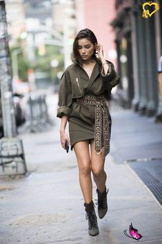 Belt It How to Wear a Wrap Dress | POPSUGAR Fashion<br> If you think of wrap dresses as being a bit old-fashioned, then stick around, because you're in for a good surprise. Universally flattering, these dresses are Olivia Culpo, Dope Fashion, Fashion Looks, Womens Fashion, Swag Fashion, Looks Style, Street Style Looks, Dope Style, Mode Ootd