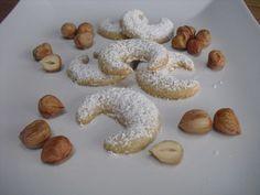 Uromis Nusskipferl, ein gutes Rezept aus der Kategorie Kekse & Plätzchen. Bewertungen: 10. Durchschnitt: Ø 4,2.