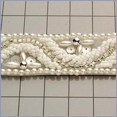 V370-CHWSL-YD : CHALK WHITE SILVER BEADED TRIM