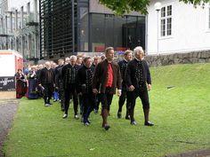 Ólavsøkukórið - The Olavsoka Choir - Dressed In Faroese National Costumes, Tórshavn 2009 by Eileen Sandá, via Flickr