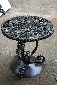 *Awesome Man Cave Table Man Cave Garage - Model Home Interior Design Industrial Furniture, Cool Furniture, Vintage Industrial, Steampunk Furniture, Industrial Table, Wicker Furniture, Furniture Ideas, Man Cave Table, Pimp Your Bike