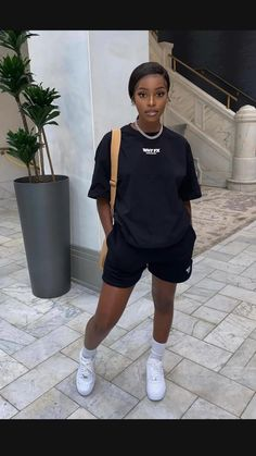Baddie Outfits Casual, Athleisure Outfits, Cute Casual Outfits, Swag Outfits For Girls, Chill Outfits, Looks Street Style, Looks Style, Look Legging, Estilo Tomboy