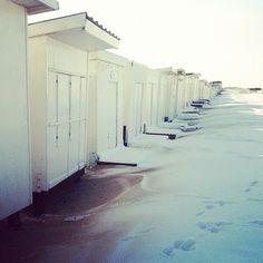 plage de calais sous la neige