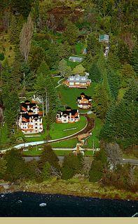 hotel-002 | por Villahuinidbariloche Villa, Hotels, Vacations, Gardens, Fork, Villas