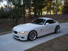 An Alpine White M Coupe (not mine. Bmw Z4 M, Bmw Z4 Roadster, Bmw 1 Series, Alpine White, Performance Cars, All Cars, Ocean City, Dream Garage, Car Manufacturers