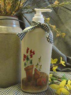 Pots de fleur-savon liquide pour les mains