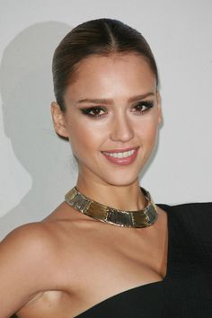 Jessica Albas = stunning . Her hair= sleek && sexy. Either a low ponytail or bun is cute with a statement necklace or large scarf in the fall = BOMB.COM !