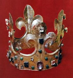 So-called Sandomierz crown of Casimir III the Great by Anonymous from Poland, ca. 1360, Cathedral Museum at Wawel Hill in Kraków. #14thcentury #artinpl #medieval #kingofpoland Krakow, 14th Century, Anonymous, Poland, Cathedral, Medieval, Museum, Crown, Corona