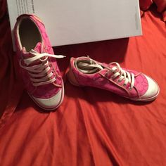 Coach tennis shoes Authentic Coach tennis shoes. Does have a few scuff marks- as noted on the picture. Does not come with original box Coach Shoes Sneakers