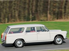 Peugeot 404 Break '1962–78 French Classic, Classic Cars, Peugeot France, Psa Peugeot Citroen, Automobile, Car Station, Shooting Brake, Old Cars, Cars And Motorcycles