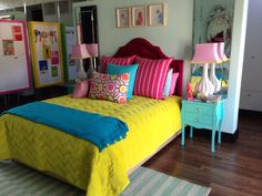 Girls room.. I love the bright random colors!